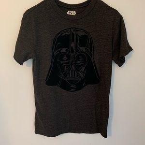 Star Wars men's size small charcoal gray T-shirt